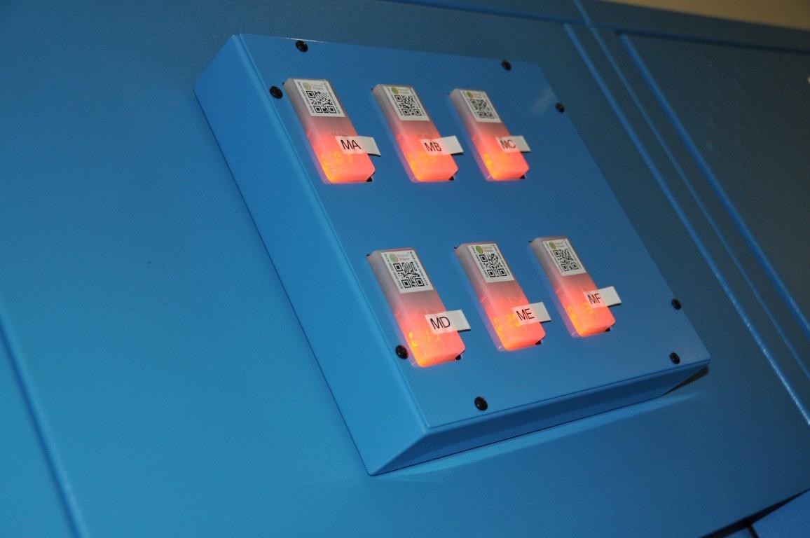 Fujitsu uses Packet Power Branch Circuit monitors for load balancing
